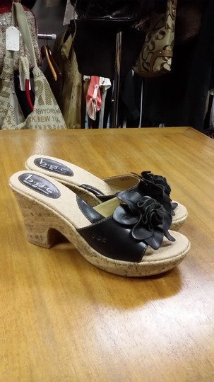 B.O.C. Natural with black strap. Sandals
