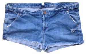 Old Navy Distressed Boyfriend Denim Shorts