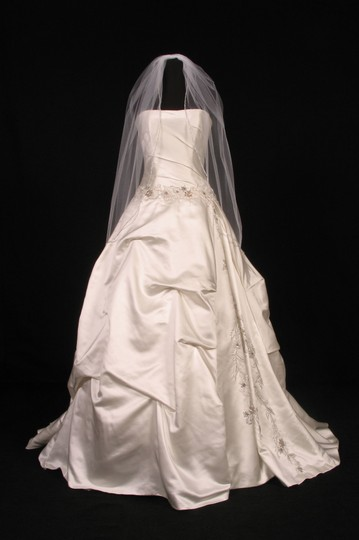 White White Medium S2833vl Bridal Veil