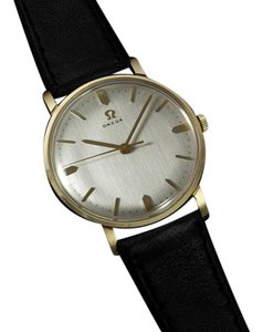 Omega 1970 Omega Vintage Mens Dress Watch - 14K Gold