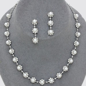White Clear Crystal and Silver/Rhodium Elegant Rhinestone Pearl Evening Necklace Earrings Jewelry Set