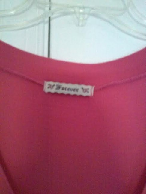 Forever 21 T Shirt Pink