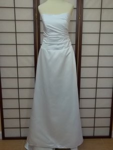 Alfred Angelo White Satin 7009 Modern Bridesmaid/Mob Dress Size 4 (S)