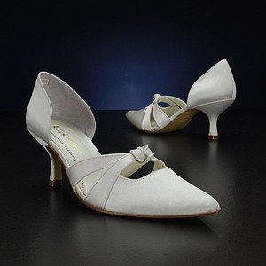 Coloriffics Coloriifics Samantha Ivory Nib 6.5 7 7.5 & 8 S Wedding Shoes