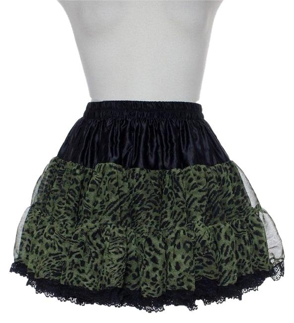 Preload https://item2.tradesy.com/images/millau-green-tiered-layered-lace-trim-miniskirt-size-0-xs-25-4871791-0-0.jpg?width=400&height=650