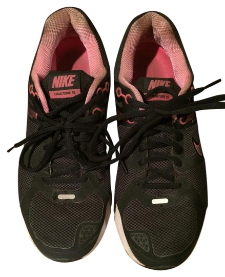 Nike black w/ pink Athletic