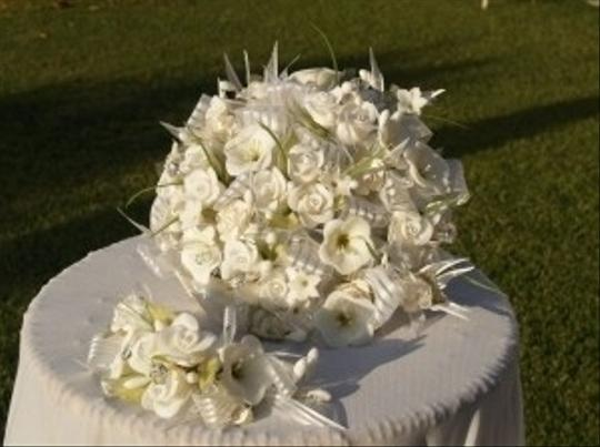 White Handmade Flowers Bouquet & Headpiece