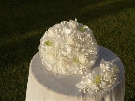 White & Green Handmade Round Bouquet Roses Headpiece