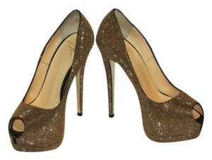 Giuseppe Zanotti Brand New In Box GOLD Pumps