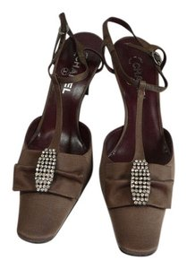 Chanel 39.5 39.5 39.5 New Brown Pumps