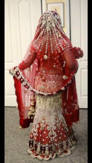 Red and White with Heavy Crystal and Beading. Bridal Lengha Traditional Wedding Dress Size 4 (S) Image 2