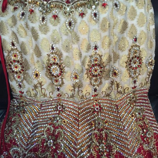 Red and White with Heavy Crystal and Beading. Bridal Lengha Traditional Wedding Dress Size 4 (S) Image 6