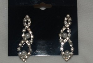Crystals And Pearls Earrings Eas-18