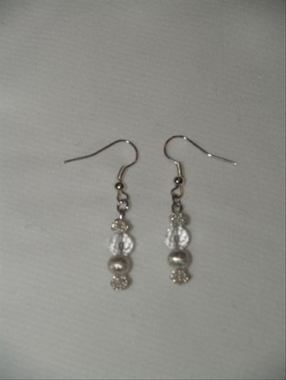Crystals And Silver Beads Earrings Eas-19