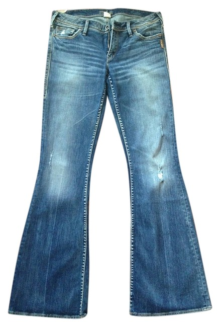 Item - Distressed Flare Leg Jeans Size 30 (6, M)