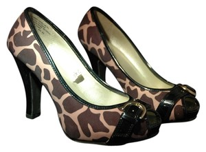 Mossimo Supply Co. Peep Toe black leopard Pumps