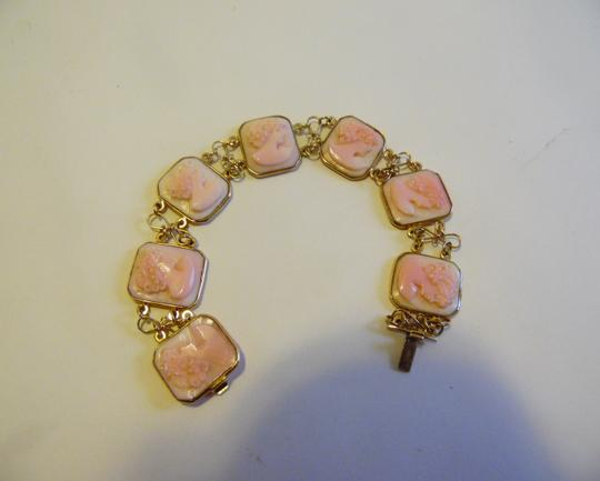 AMEDEO AMEDEO Square 7-Station Cameo 7 Inch 14K Yellow Gold Line Bracelet