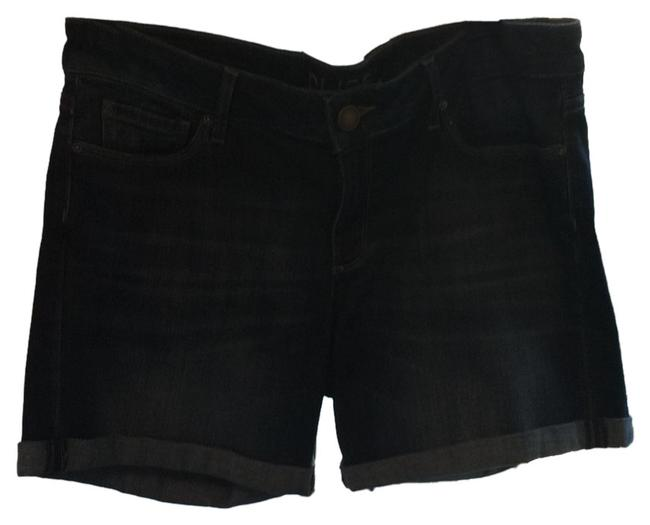 Preload https://item2.tradesy.com/images/dl1961-cuffed-shorts-size-4-s-27-4909786-0-0.jpg?width=400&height=650