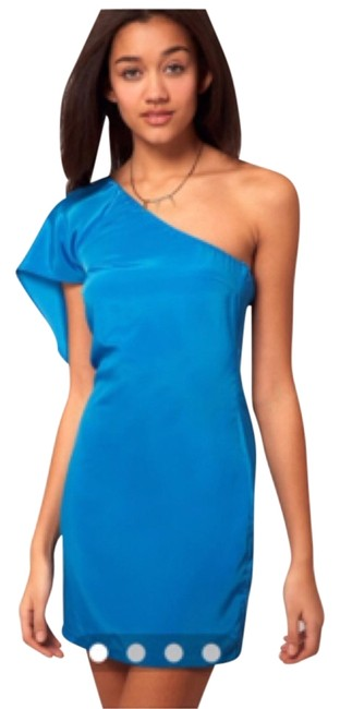 Preload https://item2.tradesy.com/images/vero-moda-blue-above-knee-night-out-dress-size-6-s-4910416-0-0.jpg?width=400&height=650
