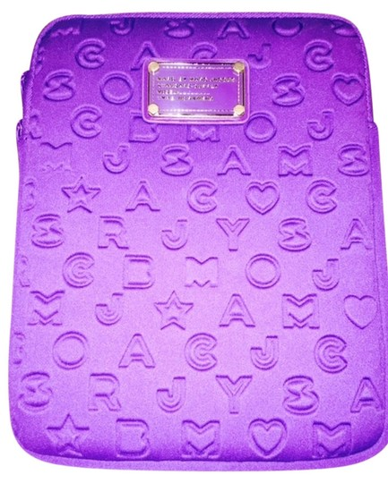 Preload https://item2.tradesy.com/images/marc-by-marc-jacobs-purple-ipad-padded-case-tech-accessory-4914331-0-0.jpg?width=440&height=440