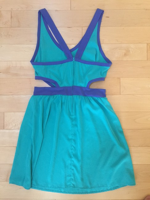 Other Color-blocking Cut Away Dress Image 3
