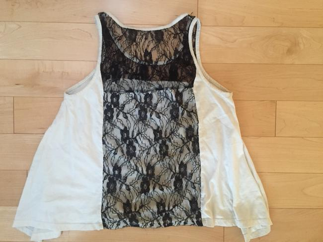 Ecote Top Cream and Black Lace