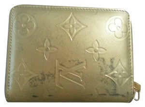 Louis Vuitton Louis Vuitton Monogram Vernis Coin Case Zippy Coin Purse Beige