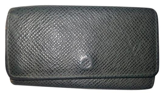 Louis Vuitton Louis Vuitton Green Taiga Multicles 4-Key Case