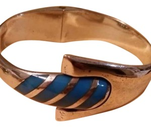 Preload https://item4.tradesy.com/images/silverblue-vintage-taxco-tj-41-925-sterling-heavy-hinged-clamper-mexico-bracelet-4924138-0-0.jpg?width=440&height=440