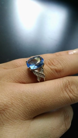 Tara Vanessa Aquamarine cocktail ring