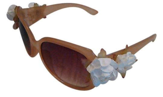 Tracey Vest White Rose Embellished Nude Sunglasses