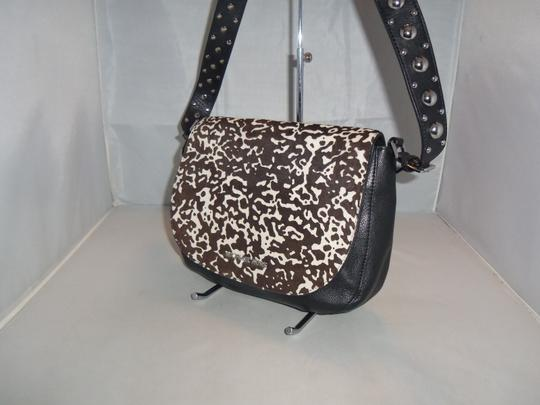 Michael Kors Next Day Shipping Black / White Messenger Bag Image 3