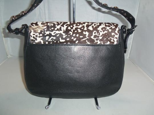 Michael Kors Next Day Shipping Black / White Messenger Bag Image 9