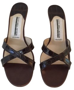 Titti Dell Aqua Brown Aligator Sandals
