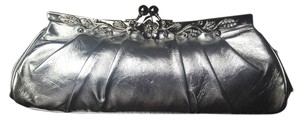 Lovely N.Y. Silver Evening Pleated Ornate Flower Frame Metallic Silver Clutch