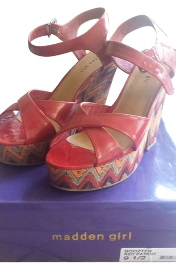 Madden Girl Steve Sandals Red patent leather Wedges