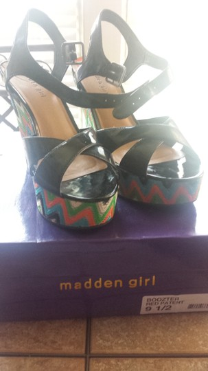 Madden Girl Steve Black patent leather Platforms
