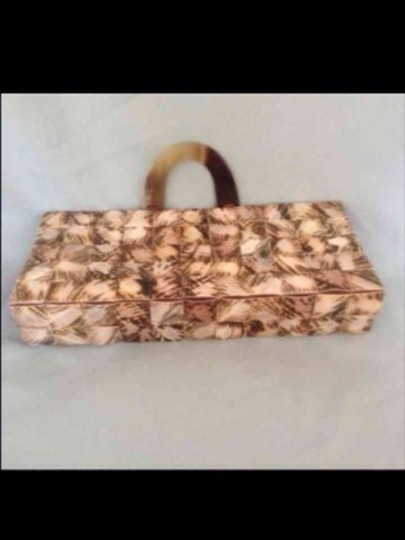 urth bags Shades Of Browns Clutch