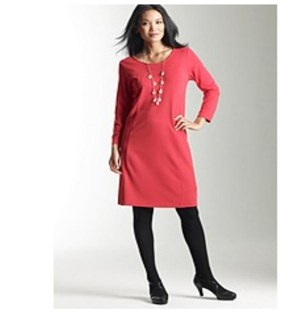 Preload https://item5.tradesy.com/images/j-jill-red-hibiscus-stretch-sheath-tunic-xsp-above-knee-short-casual-dress-size-petite-2-xs-4945669-0-4.jpg?width=400&height=650