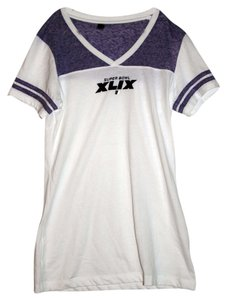 DISTRICT T Shirt Purple and White