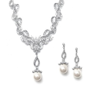 Vintage Cz Pave Ivory Pearl Ribbons Necklace Set