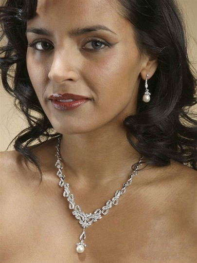 Soft Cream Vintage Cz Pave Ivory Pearl Ribbons Necklace Set Jewelry Sets