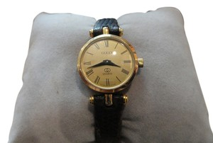Gucci Petite Vintage Authentic Gucci Watch Gold Plated 1980's New Band Accurate Time Swiss Made