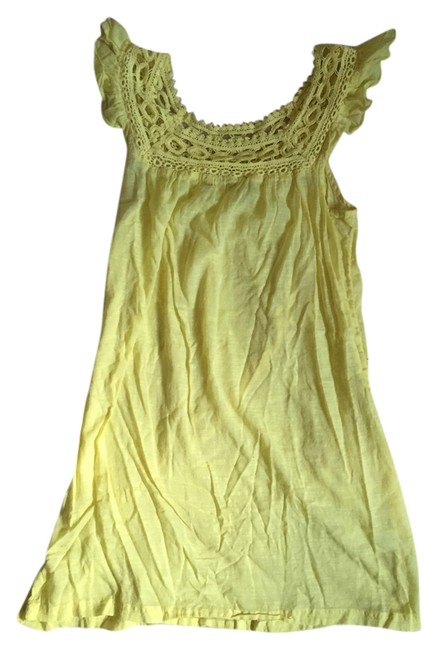 Preload https://item5.tradesy.com/images/roxy-yellow-with-lace-neckline-detail-mini-short-casual-dress-size-4-s-4948984-0-0.jpg?width=400&height=650