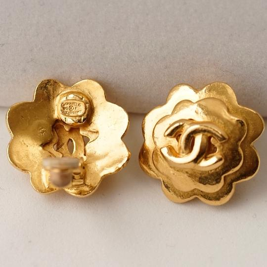 Chanel Chanel Gold Camellia Earrings with CC Detail Image 3