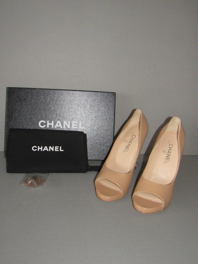 Chanel Cork Heels Beige Pumps
