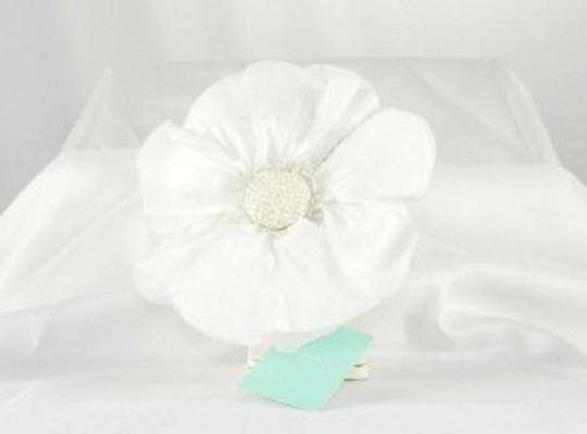 Jennifer Leigh Couture Veils and Accessories White Chloe Hairclip