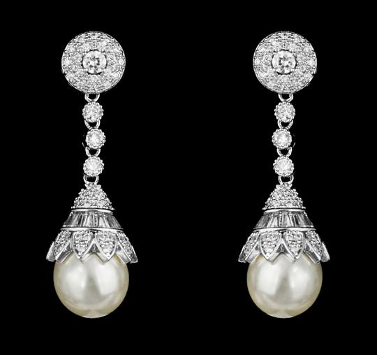 Preload https://item3.tradesy.com/images/soft-cream-highest-quality-aaa-cz-and-pearl-statement-earrings-4966687-0-0.jpg?width=440&height=440