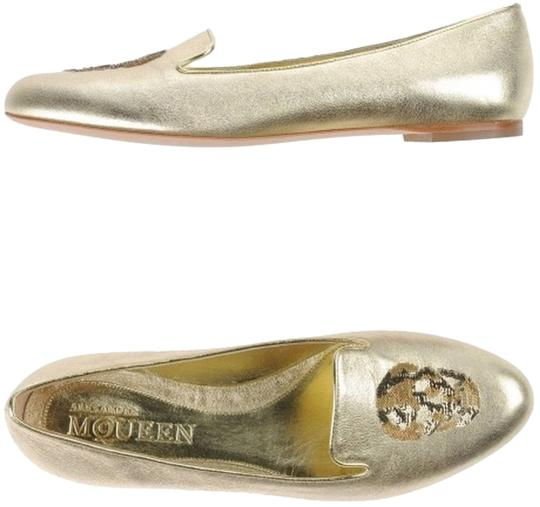 Preload https://img-static.tradesy.com/item/4968046/alexander-mcqueen-gold-flats-size-us-7-regular-m-b-0-0-540-540.jpg