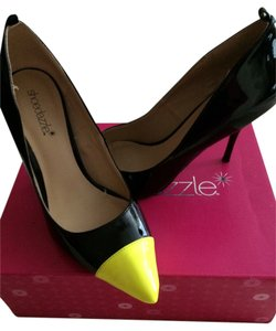 ShoeDazzle Black/neon yellow Pumps